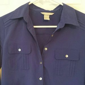 H&M Tops - H&M button up blouse with pockets
